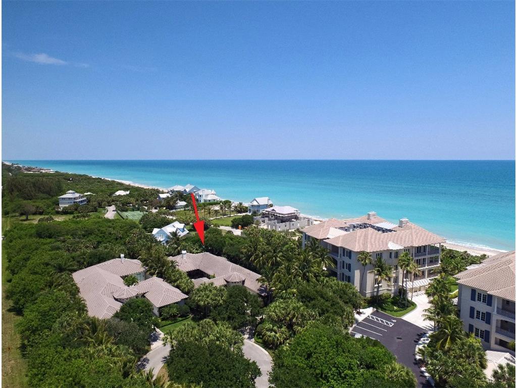 8 Beachside Drive, Vero Beach, FL 32963