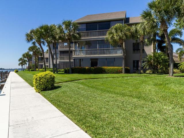 1865 Bay Rd #F310, Vero Beach, FL 32963
