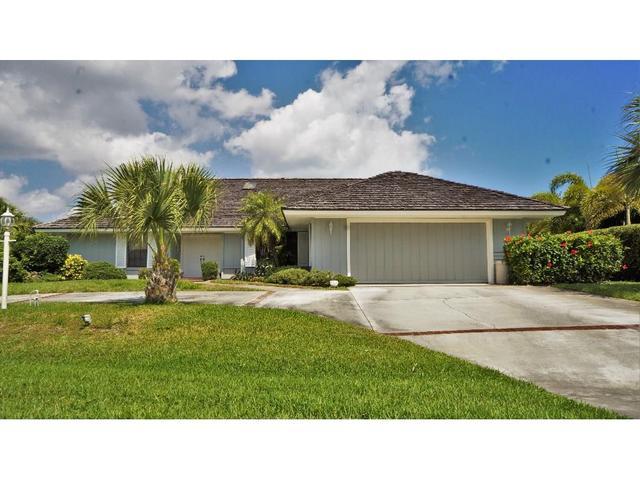 1215 Castaway Blvd, Vero Beach, FL 32963