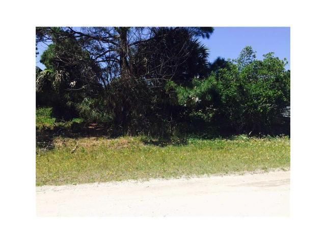 8035 99th Ct, Vero Beach, FL 32967