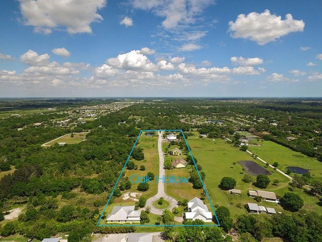 3950 Oak Hollow Ave, Vero Beach, FL 32966