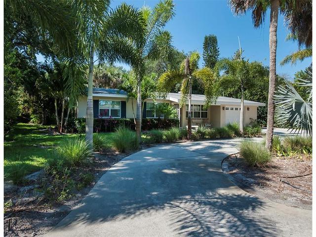 612 Indian Lilac Rd, Vero Beach, FL 32963