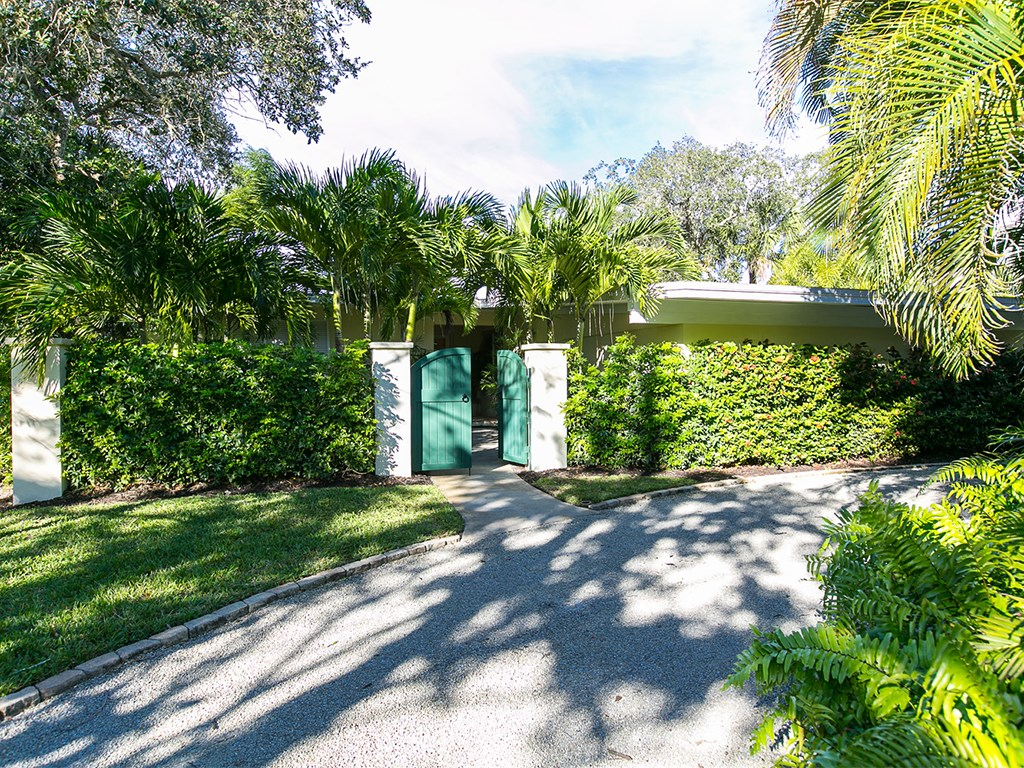 3937 Indian River Drive, Vero Beach, FL 32963