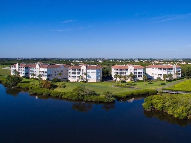 4878 S Harbor Dr #201, Vero Beach, FL 32967