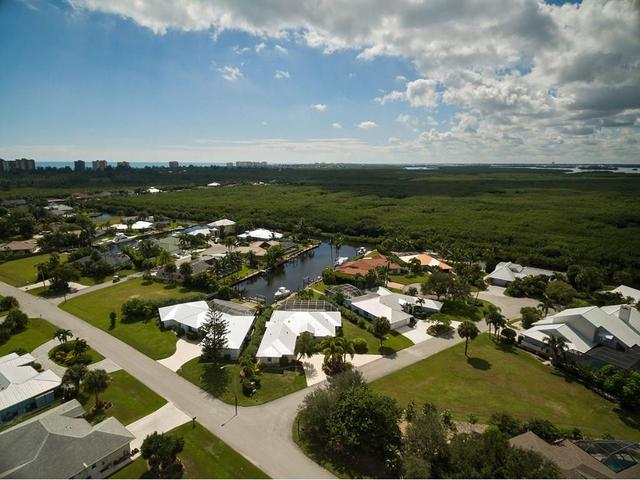 118 Queen Christina Ct, Fort Pierce, FL 34949