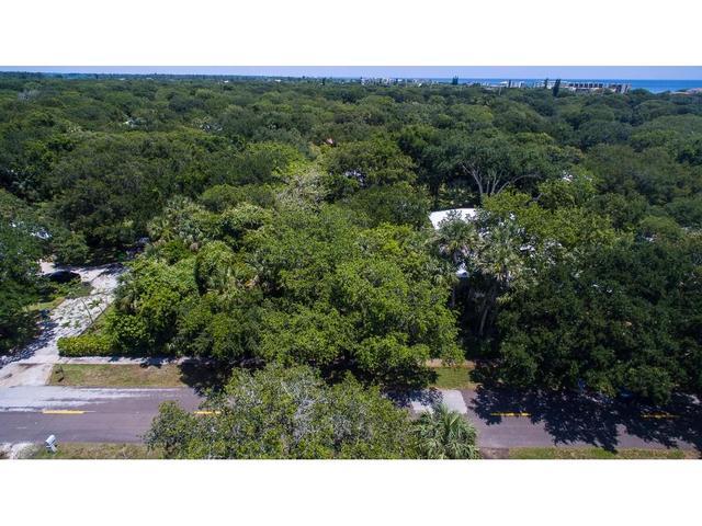 601 Banyan Rd, Vero Beach, FL 32963