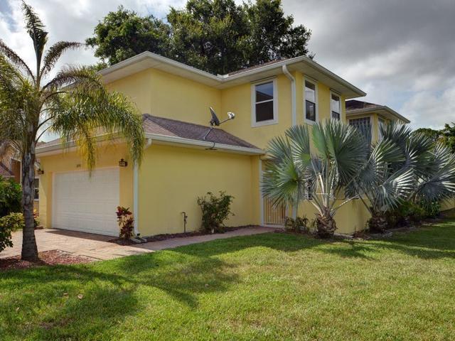 1045 26th St, Vero Beach, FL 32960