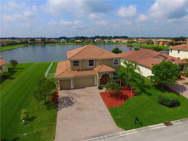 5145 Sapphire Ln SW, Vero Beach, FL 32968