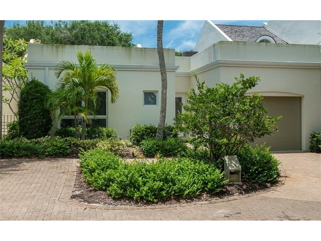 8311 Chinaberry Rd, Indian River Shores, FL 32963