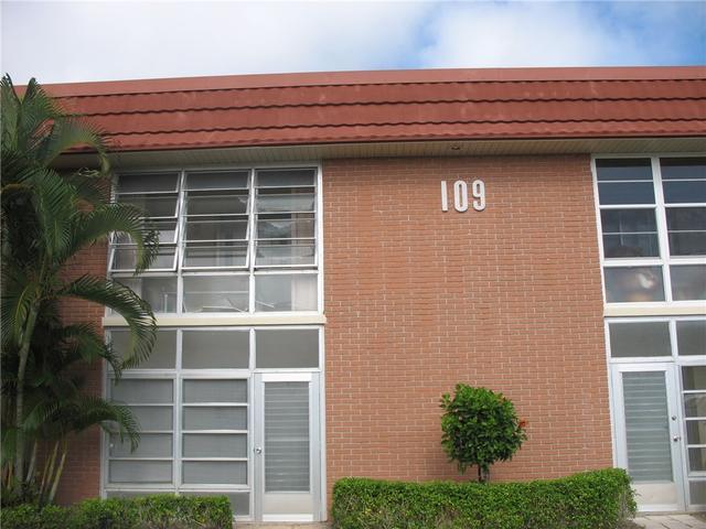 109 Springlake Ct #204, Vero Beach, FL 32962