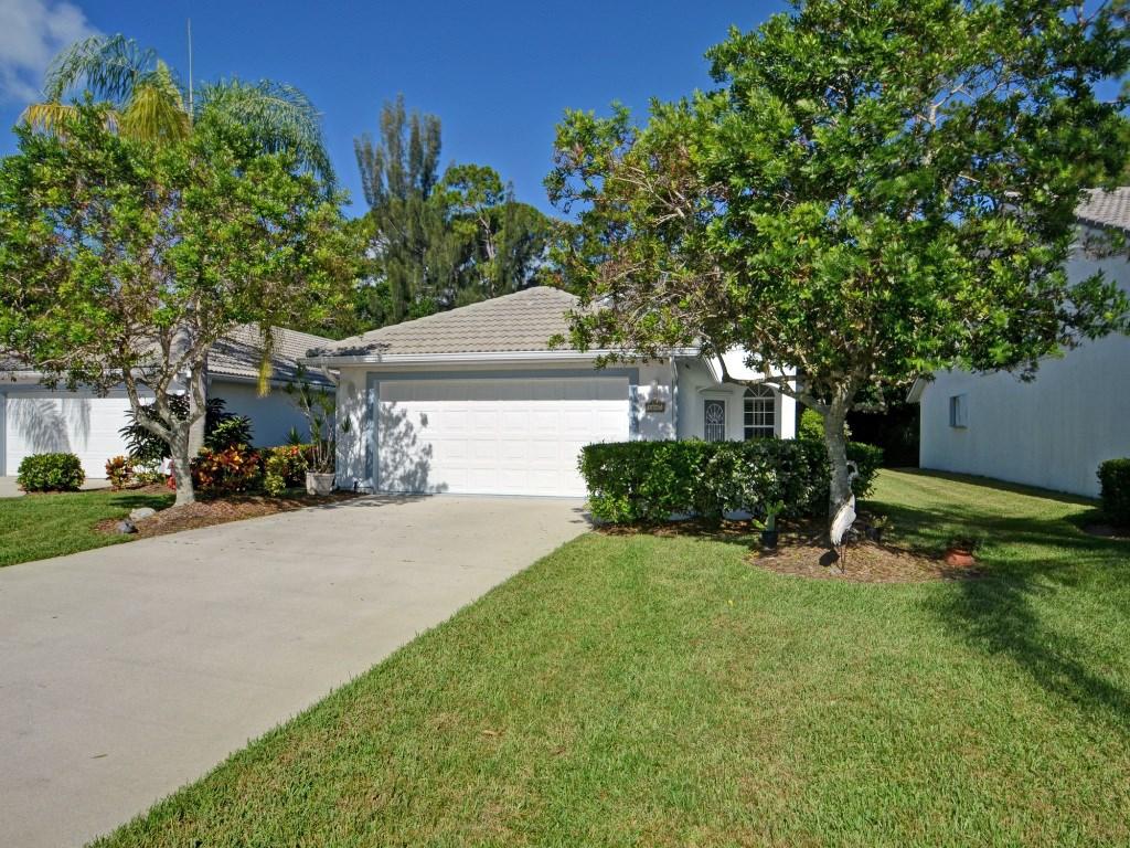 1647 Aynsley Way, Vero Beach, FL 32966