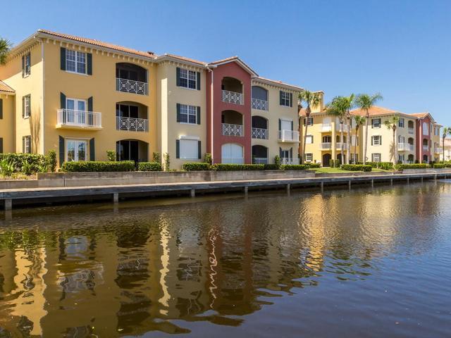 5520 N Harbor Village Dr #104, Vero Beach, FL 32967