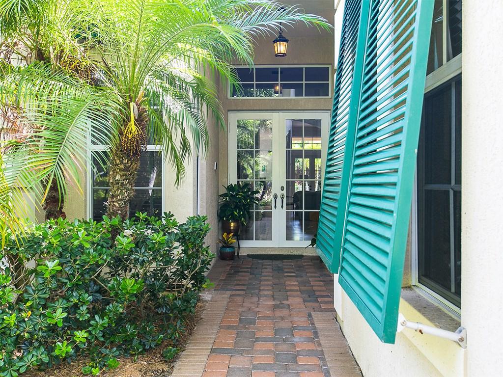 916 Cove Point Place, Vero Beach, FL 32963