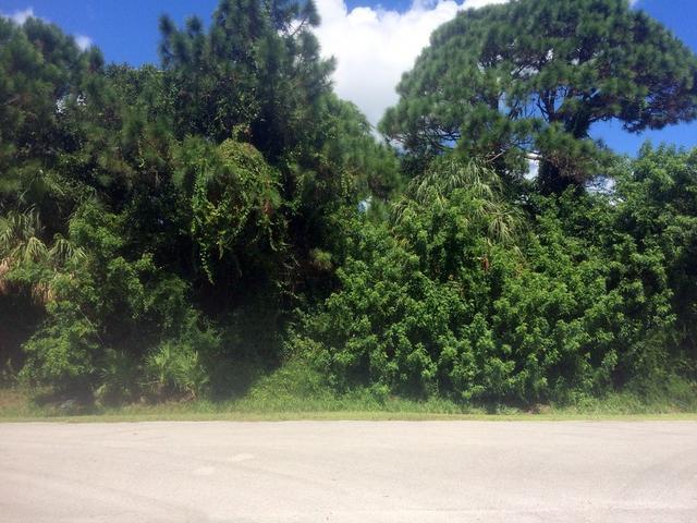 6602 Penny Ln, Fort Pierce, FL 34951