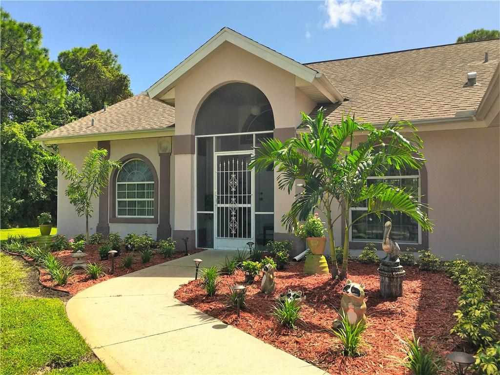 702 Crystal Mist Avenue, Sebastian, FL 32958