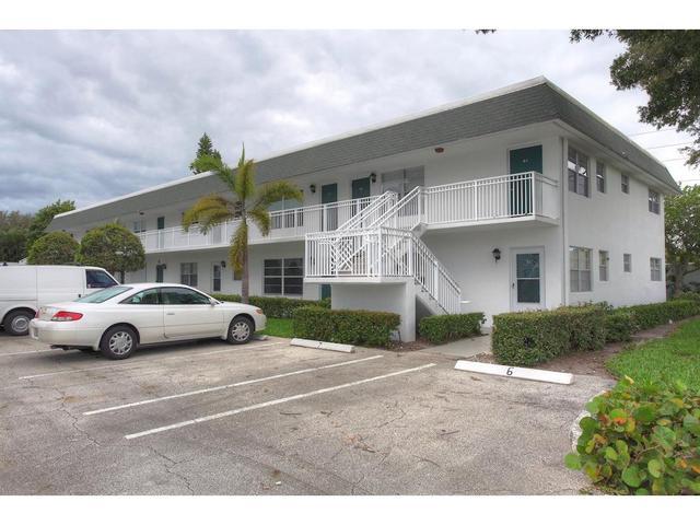 2800 Indian River Blvd #R3, Vero Beach, FL 32960