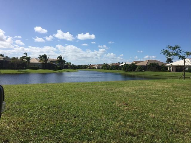 1096 Riverwind Cir, Vero Beach, FL 32967