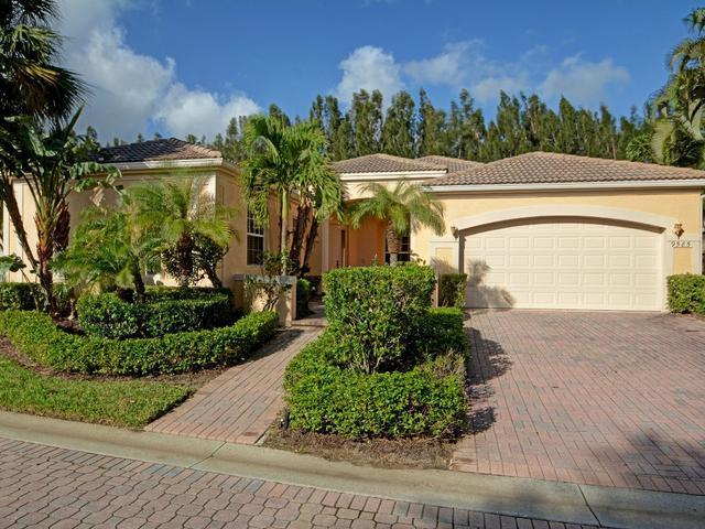 9585 W Maiden Ct, Vero Beach, FL 32963