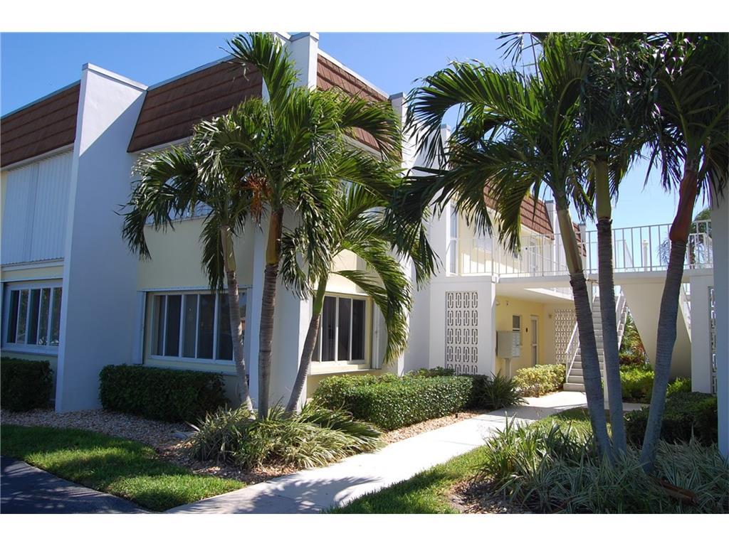 1323 Bayshore Drive #104, Fort Pierce, FL 34949