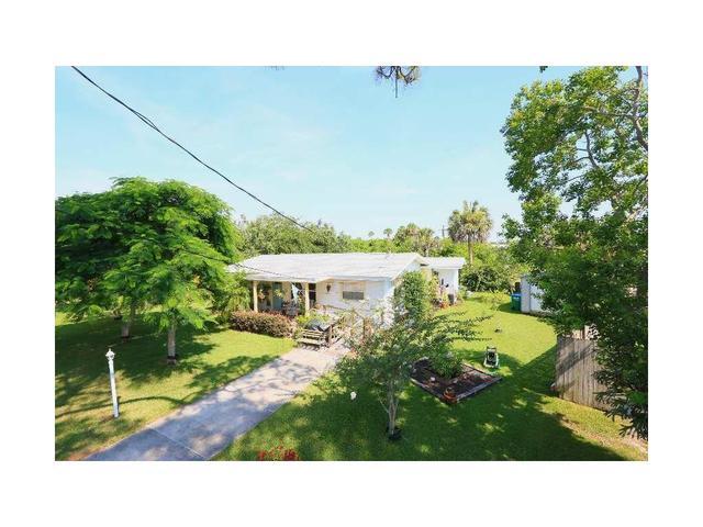 4910 Cooke Ave, Grant Valkaria, FL 32949