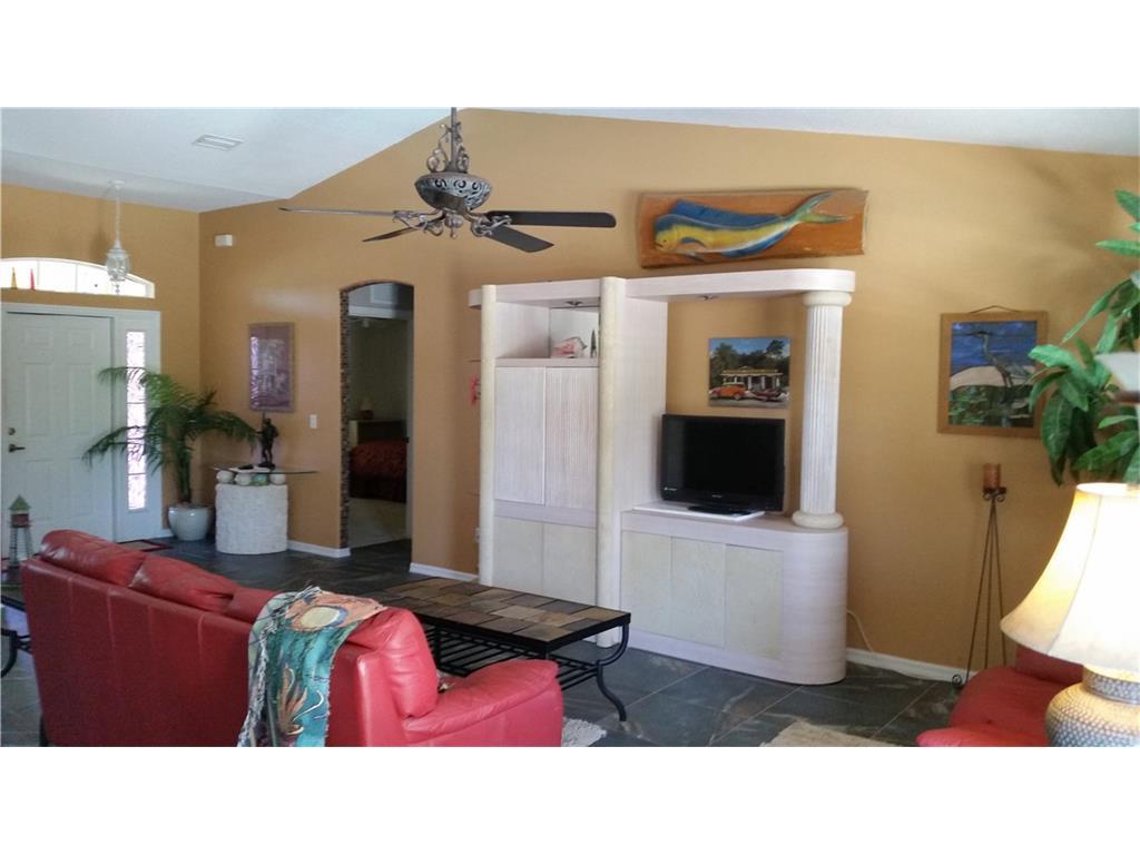 991 George Street, Sebastian, FL 32958