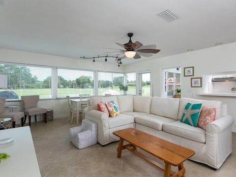 2506 Fairway Dr, Vero Beach, FL 32960