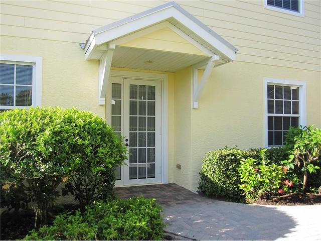 2340 Water Oak Ct SW #211, Vero Beach, FL 32962