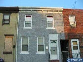 915 S 8th St, Camden, NJ 08103