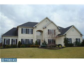 230 Country Club Dr, Moorestown, NJ 08057
