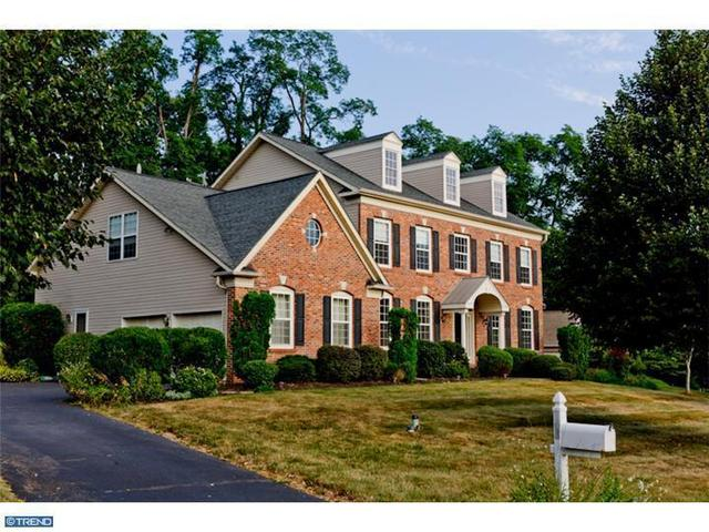 103 Charlestown Hunt Dr, Phoenixville, PA 19460