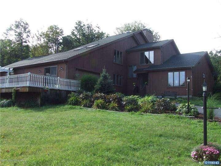 1531 Red Rock Rd, Stroudsburg, PA