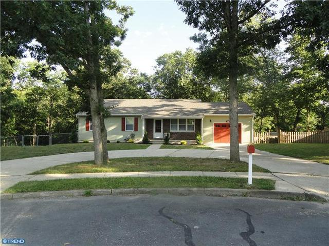16 Mill Ct, Sicklerville, NJ 08081