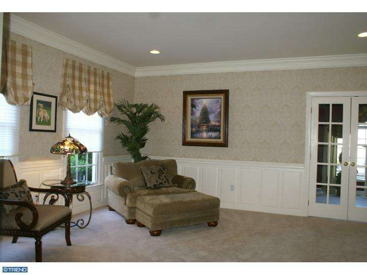 230 Country Club Dr, Moorestown NJ 08057