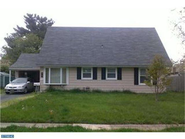 79 Boxwood Ln, Willingboro, NJ 08046