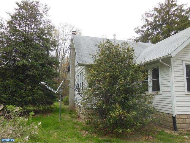 85 Saw Mill Rd, Monroeville, NJ 08343