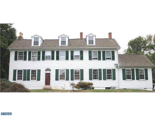 55 Lower Morrisville Rd, Levittown, PA