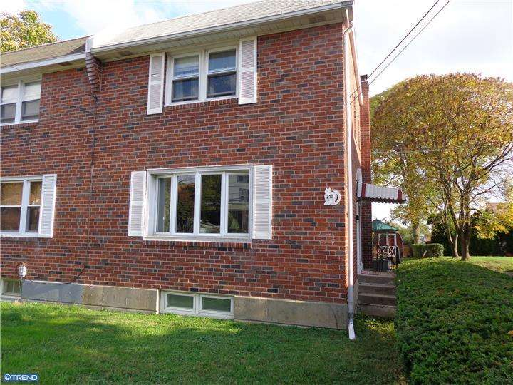 210 Fairview Rd, Clifton Heights, PA
