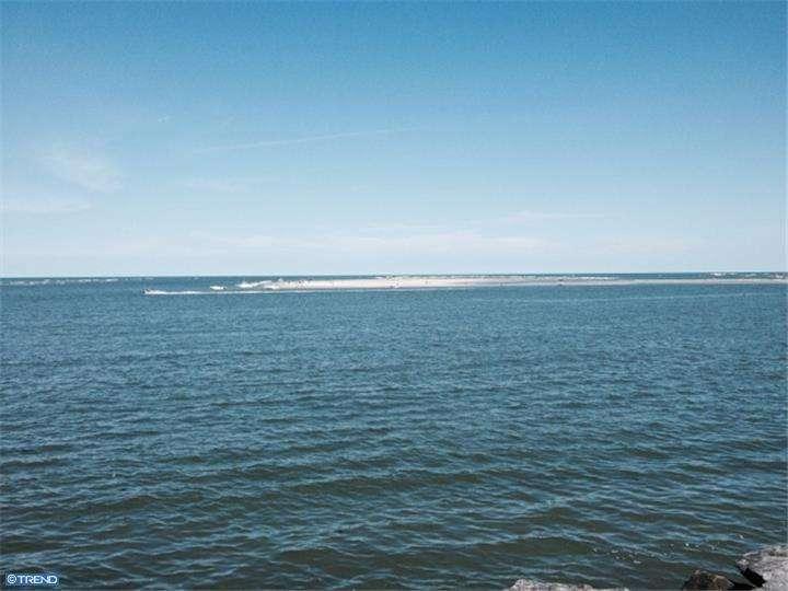 51 Anglesea Dr #APT b8, Wildwood, NJ