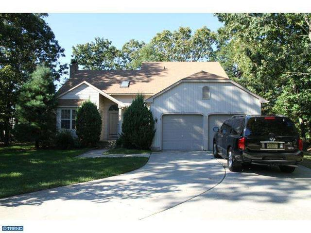 6 Haystack Ct, Sicklerville, NJ 08081
