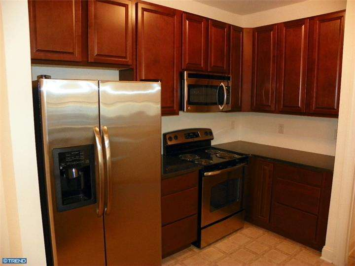 3000 Fountainview Cir #APT 107, Newark, DE