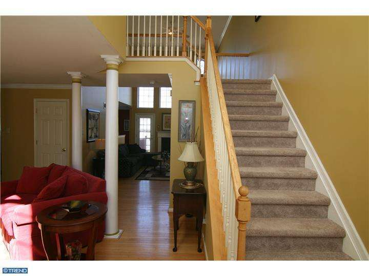 239 W Riverwoods Dr, New Hope, PA