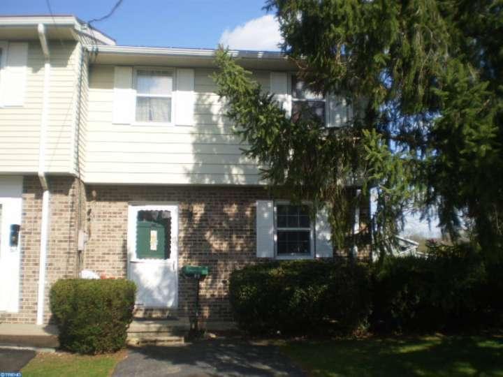 701 Chestnut St, Shoemakersville, PA
