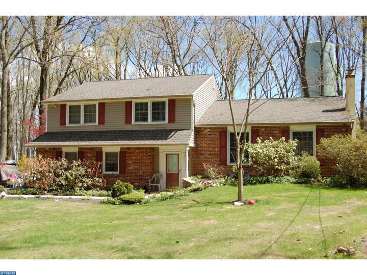 569 Westwood Dr, Downingtown, PA