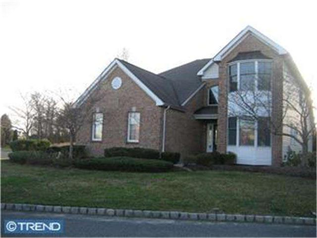 101 Inverness Dr, Moorestown, NJ