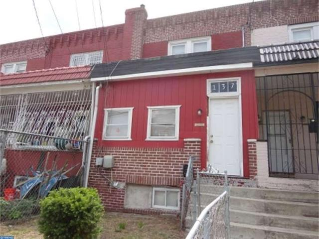 137 N 25th St, Camden, NJ 08105