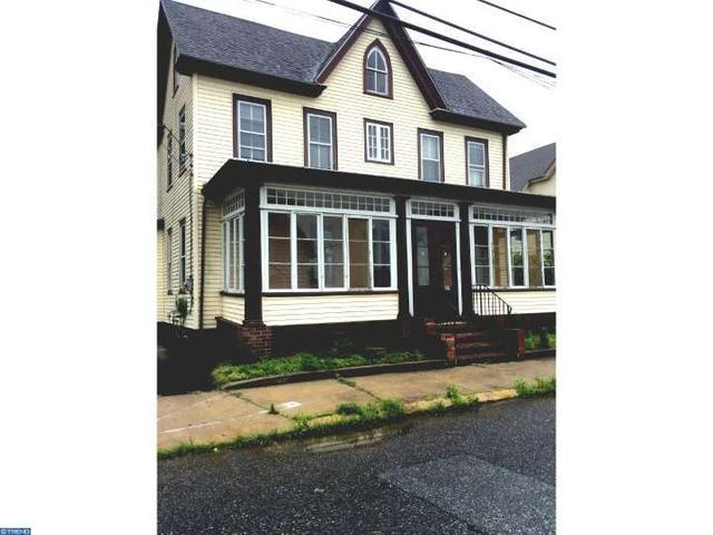 21 W Mill St, Pedricktown, NJ 08067