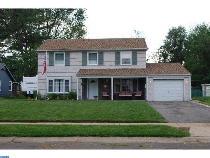 10 Bently Ln, Willingboro, NJ