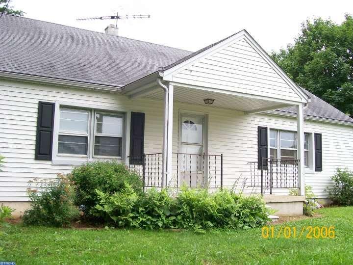 108 Hatfield Rd, Coatesville, PA
