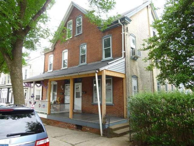 879 Queen St, Pottstown, PA