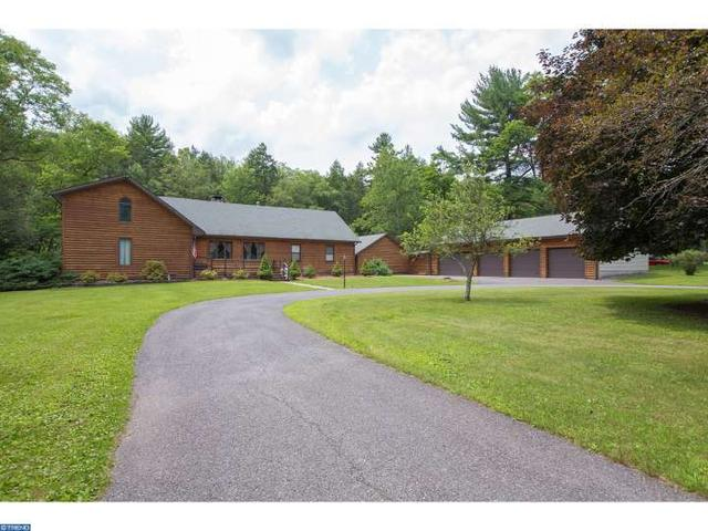 4581 Route 447, Canadensis, PA
